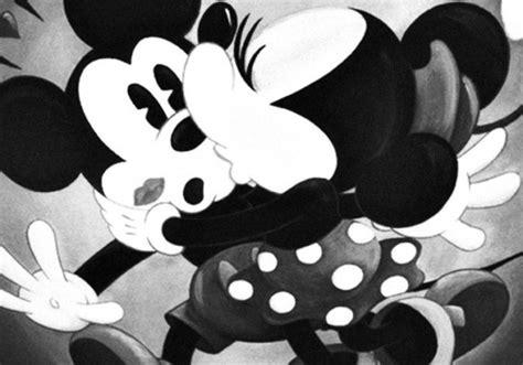 imagenes de mickey mouse y mimi en blanco y negro im 225 genes de mickey mouse y minnie con frases o para