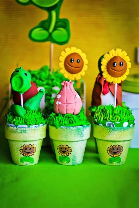 Plants Vs Zombies Birthday Decorations by Plants Vs Zombies Themed Birthday