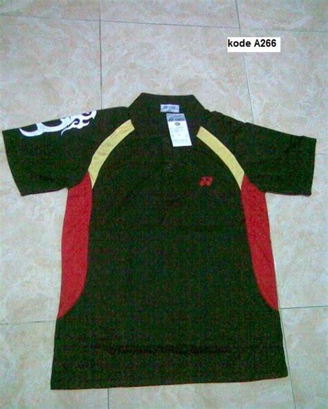 Jual Perlengkapan Olahraga Beli Baju Olahraga Kaos Badminton Setelan B kaos peralatan toko pakaian jual sepatu toko sepatu