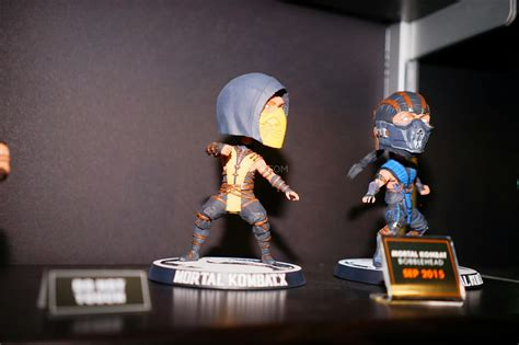 mortal kombat x bobbleheads fair 2015 a pre fair look at mezco s mortal
