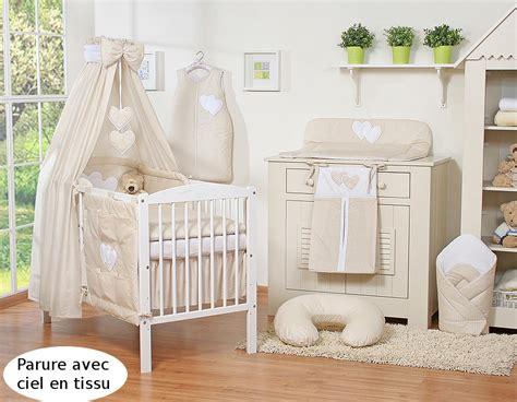 chambre enfant beige chambre de princesse pour bebe