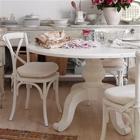 shabby chic dining table and chairs shabby chic painted furniture the great way to add accent