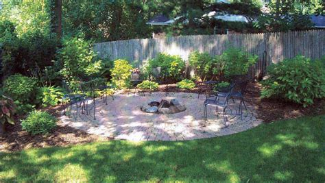 Planning Vegetable Garden Layout Patio Design Tool Planning Ideas Vegetable Garden Layout Plans And Spacing Small With Designs