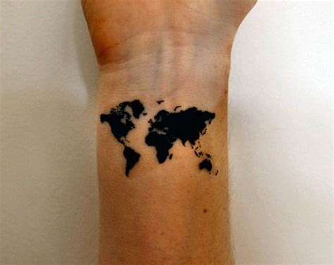 henna tattoo mann 1000 ideas about world map tattoos on world
