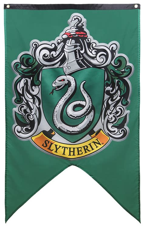 printable hogwarts house banners harry potter house banners thinkgeek