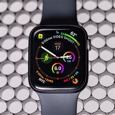 Apple Series 4 50 Tips by Apple 4 Review The Best Smartwatch Gets Better The Verge