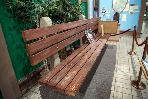 savannah history museum forrest gump bench forrest gump film tour
