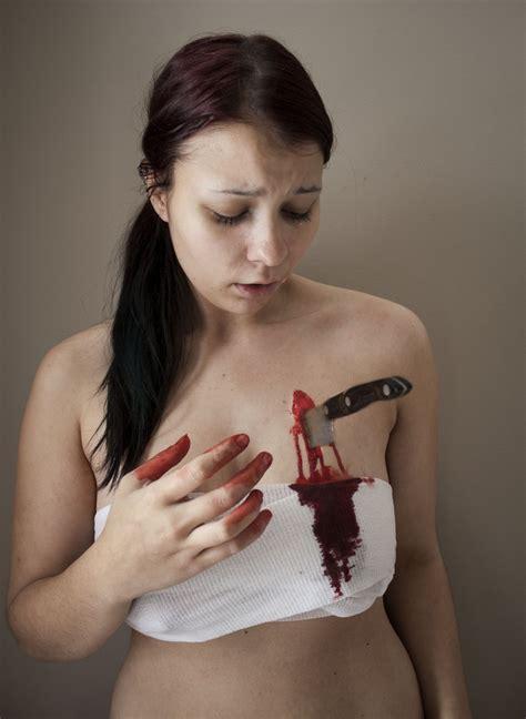 belly button stabbing women stabbed in the heart by aurorakats on deviantart