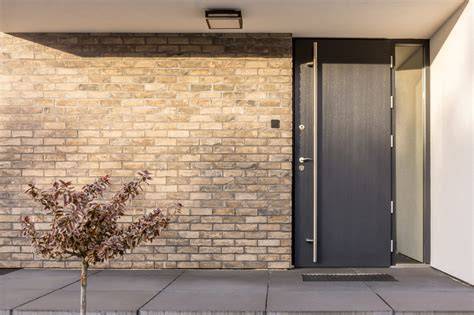 cost  install  exterior doors