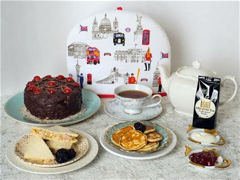 queen elizabeth chocolate biscuit cake the royal treatment recipes sure to please queen