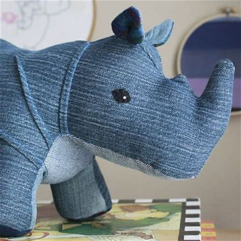 denim crafts projects 25 best ideas about recycled denim crafts on