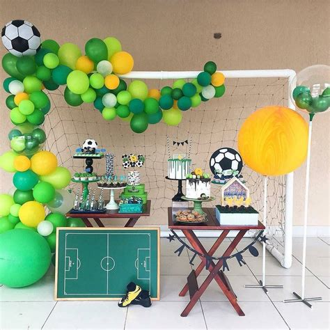 decoracion co fiesta infantil con tema de futbol dulceros centros de