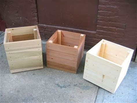 how to build a wooden planter box easy 45 best images about this end up on diy garden furniture white and sink