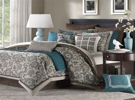 turquoise and brown bedroom turqoise and gray home decor on pinterest duvet covers single beds and linen bedding