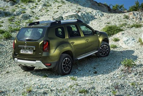 renault dacia 2015 updated 2015 renault duster receives new engines in russia