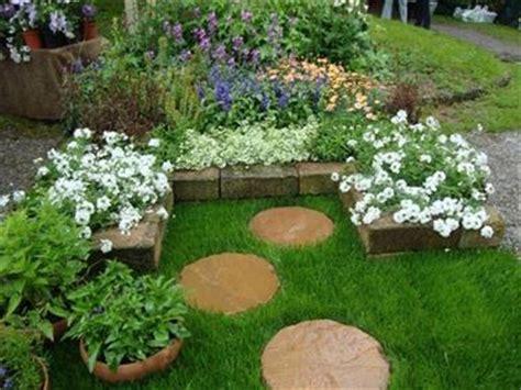 foto piccoli giardini casa piccoli giardini giardinaggio