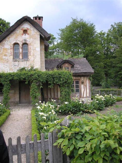 il borgo della regina il villaggio rustico