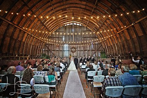 barn wedding venues near nyc 2 the barn at allen acres venue rock falls il weddingwire
