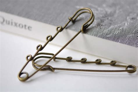 5 x antique bronze 50mm metal kilt safety pin with 5 loops brooch pins jewelry ebay 10 pcs antique bronze four loops kilt pin safety pins broochs 18x75mm a2994 from verycharms on