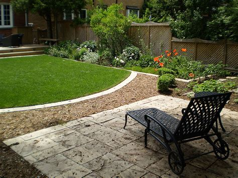 Ideas For Small Backyards Backyard Landscaping Pictures For Small Yards Home Photos By Design