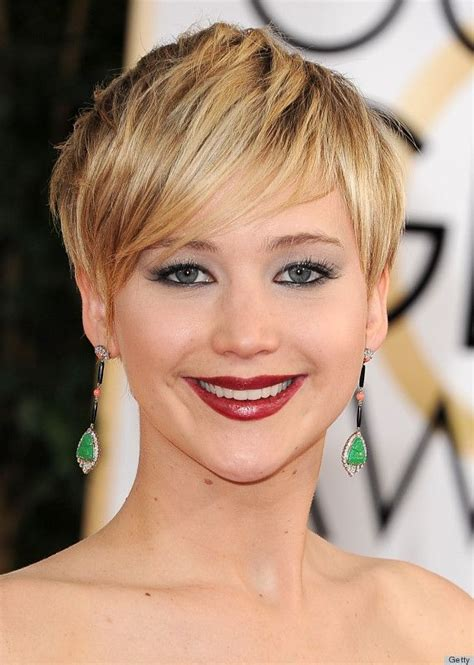 pin jennifer lawrence haircut 2014 short on pinterest jlaw at the 2014 golden globes the wine lips are my jam