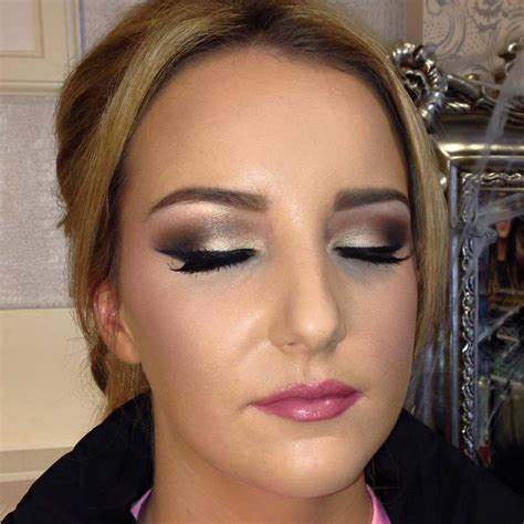 hair and makeup widnes mobile makeup artists liverpool wedding celebrations