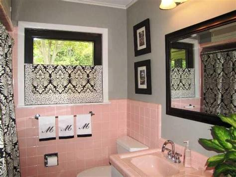 black and pink bathroom ideas 17 best ideas about yellow tile bathrooms on pinterest yellow tile yellow bath inspiration