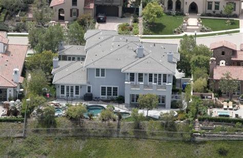 kourtney kardashian s calabasas house kourtney kardashian net worth salary house car