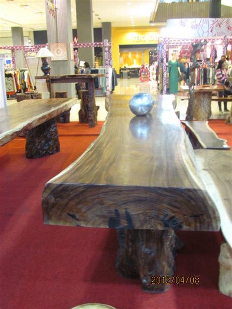 Meja Kayu Kelengkeng meja trembesi solid dan alami 4 75m x 80cm x 20cm crown furniture indonesia