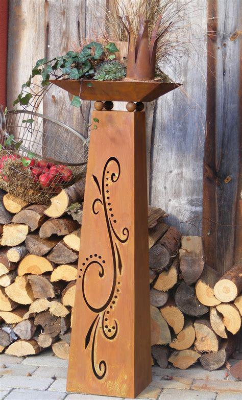 rostige feuerschale blumens 228 ule flori mit ornamenten eine besonder s 228 ule mit