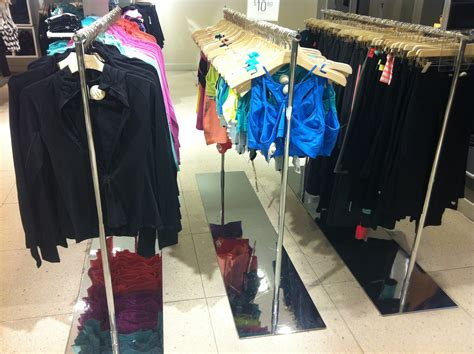 Retail Trends Forever 21 3 by 18 Photos That Show Why Forever 21 Is Crushing Everyone