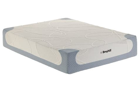 memory foam beds broyhill sensura 12 quot queen gel memory foam mattress