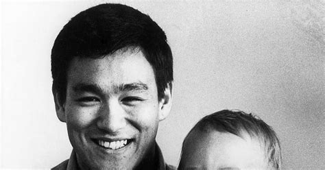 biography of brandon bruce lee bruce lee and his son brandon lee 1966 photos the