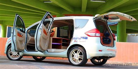 Bantal Mobil Suzuki Ertiga 21 studio berjalan suzuki ertiga pameran otomotif nasional