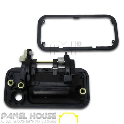 black holden rodeo door handle black front outer pair 1 lh 1 rh for