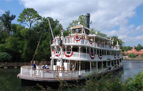 liberty belle riverboat wikipedia