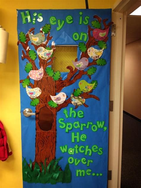 christmas door decorations for a preschool classroom 133 best easter bulletin boards images on