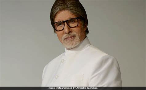 Amitabh Bachchan Follows Congress Leaders on Twitter ...