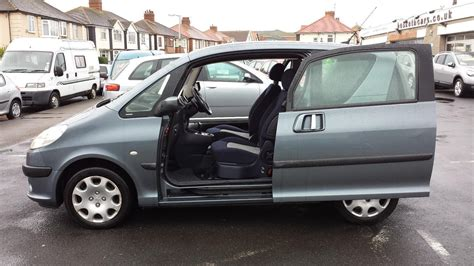 peugeot car and insurance package used 2005 peugeot 1007 1 6 dolce semi auto from 2 495