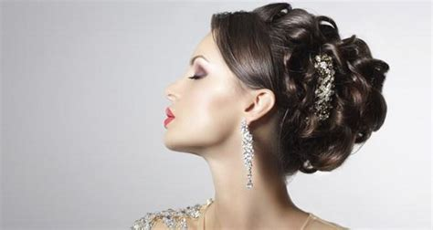 Wedding Hair Buns Indian Style by Wedding Special 5 Glamorous Bun Hairstyles For The Indian