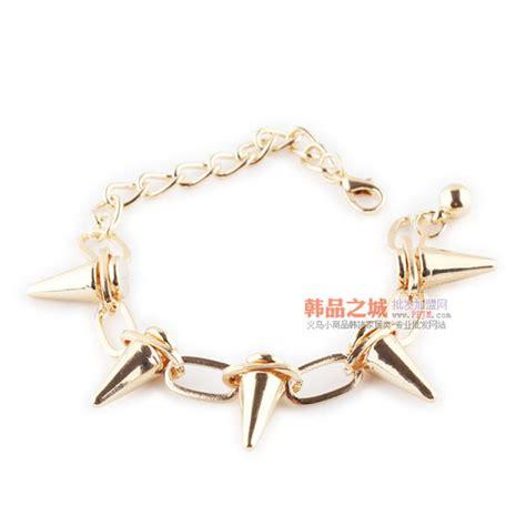 Cl Spike Circle 97k cube rock rivets bracelet spike taper circle link