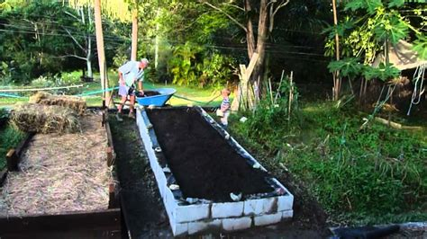build  raised vegetable garden  besser blocks