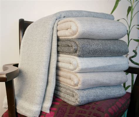 Wool Throws And Blankets by Wool Blankets Throws 100 Woven Travel