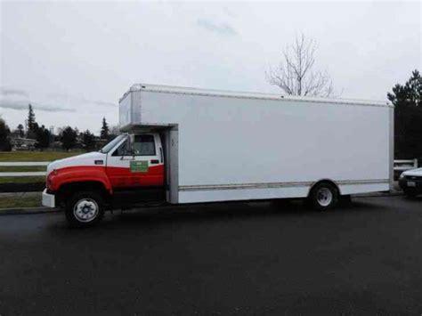 nissan ud 1800 cs 2007 box trucks