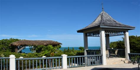 caribbean cottage rentals ballyhoo cottage grace bay providenciales provo