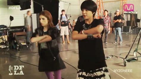 dance tutorial f x electric shock f x amber teaching anna kendrick the choreography of