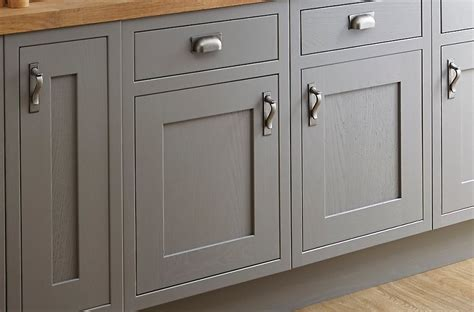 b q kitchen cabinets sale new b q cooke lewis carisbrooke taupe framed flat packed