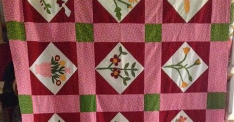 A Quilt Sleeve by Humble Quilts Sally Post Half A Quilt And Hanging Sleeve