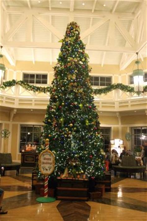 christmas tree in the lobby picture of disney s port