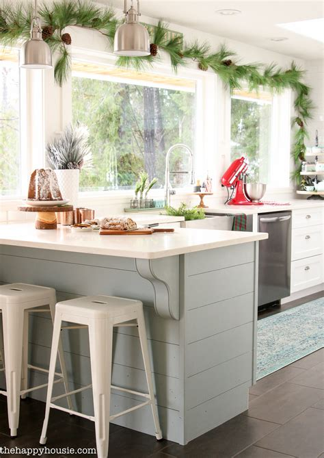 b q a maybe kitchen diner pinterest room kitchen classic christmas kitchen and dining room the happy housie